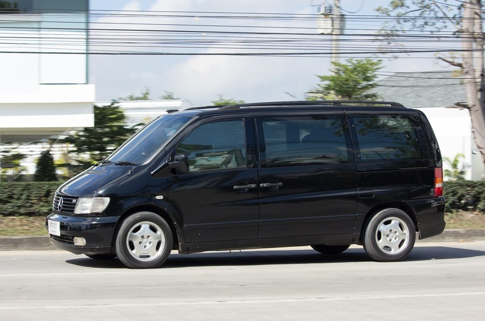 One-way Transfer From Izmir to CLC Golf Resort Spa (Private)