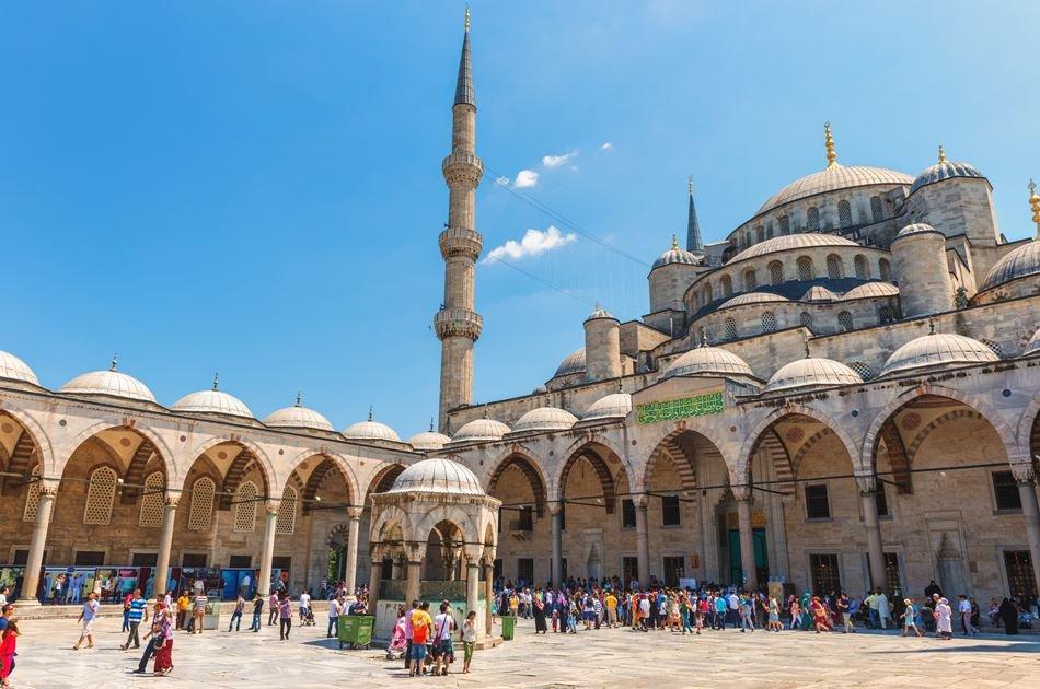 Princes' Island Tour from Istanbul: Buyukada