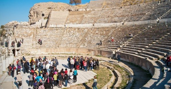 Private Ephesus Tour From Cesme With Izmir Airport Drop Off