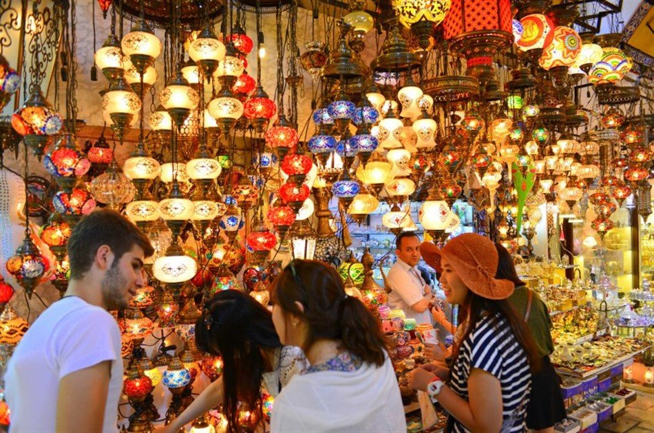 Private Full Day Grand Bazaar Shopping Tour in Istanbul