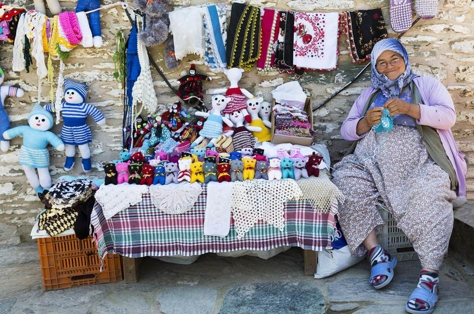 Private Izmir to Sirince Village Half Day Wine Tasting & Walking Tour
