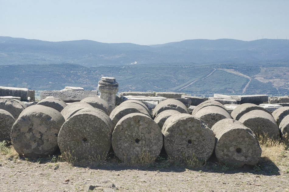 Private Pergamum Acropolis and Asclepion Tour in Bergama From Izmir