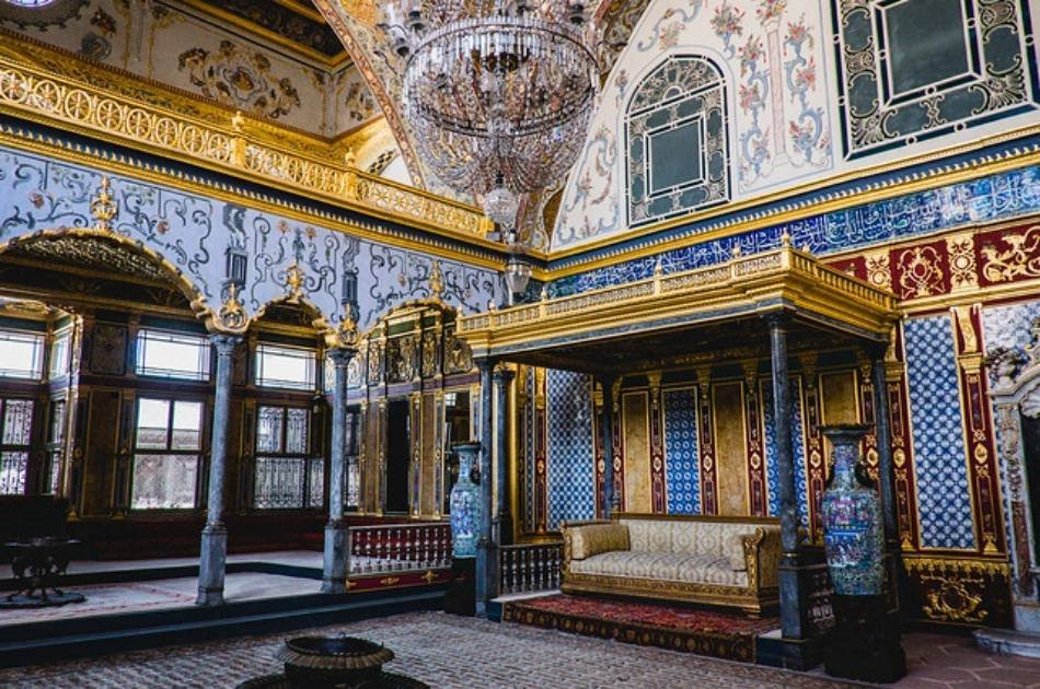See the Sparkling Jewels of Turkey on a 8 Day Tour from Istanbul