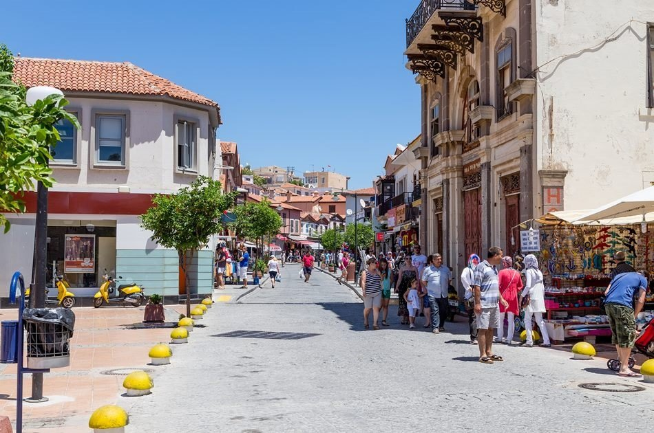 Stroll Through Cesme and Alacati on a Private Tour from İzmir