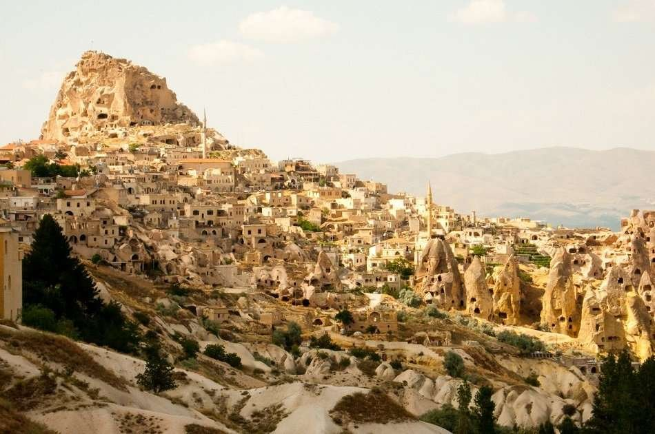Underground City and Ihlara Valley Group Tour With Lunch