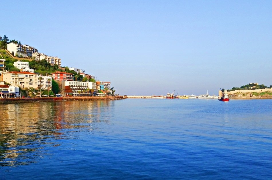 Wheelchair Accessible Private Return Transfer from Bodrum Airport to Kusadasi