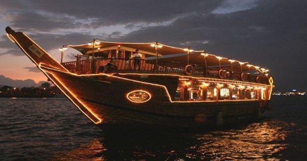 Best Dhow Dinner Cruise Dubai