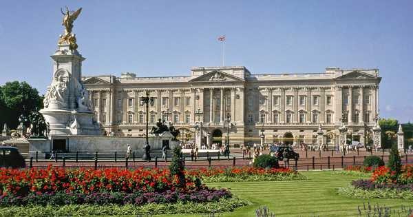 Buckingham Palace and Royal London Walking Tour