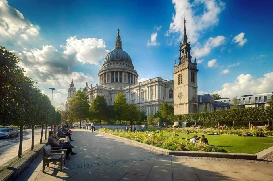 Half Day Tour of London With St. Pauls Cathedral and Guard Change