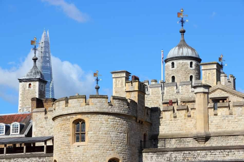 Tower of London Tickets - With Beefeater Tour