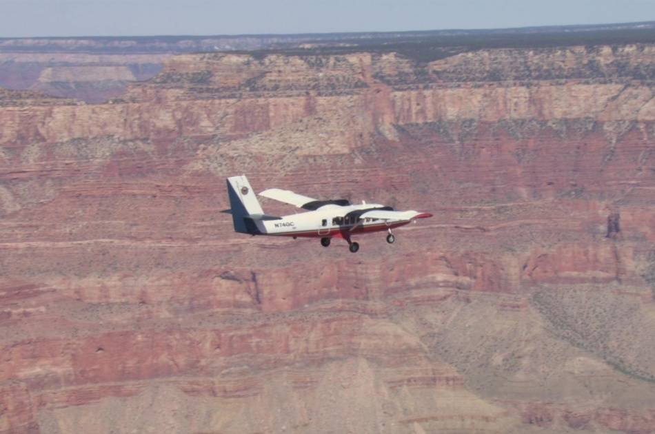 Airplane Tour to the Grand Canyon South Rim & Helicopter Ride