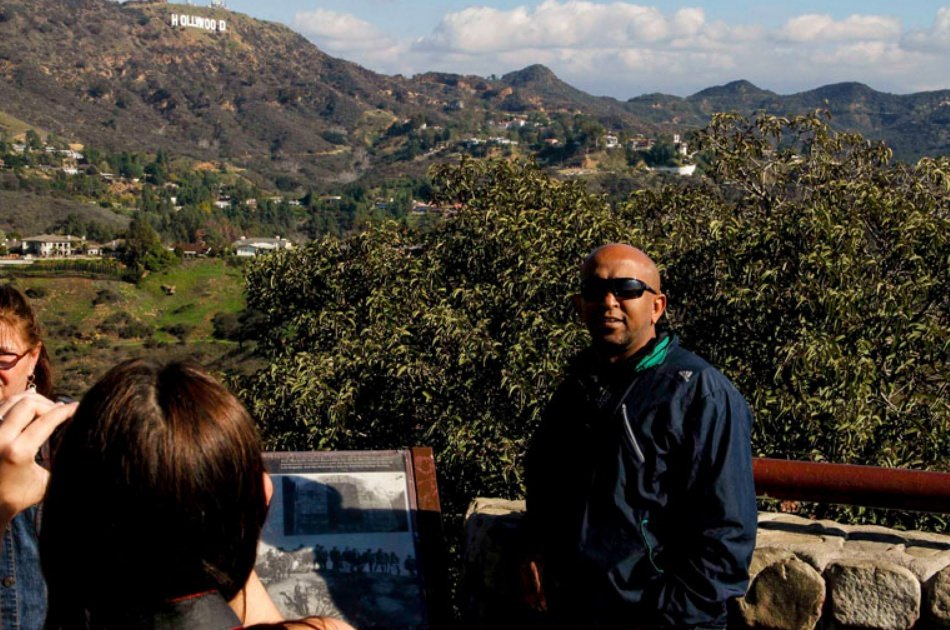 Experience the Winding Hollywood Hills on an Open Bus Tour