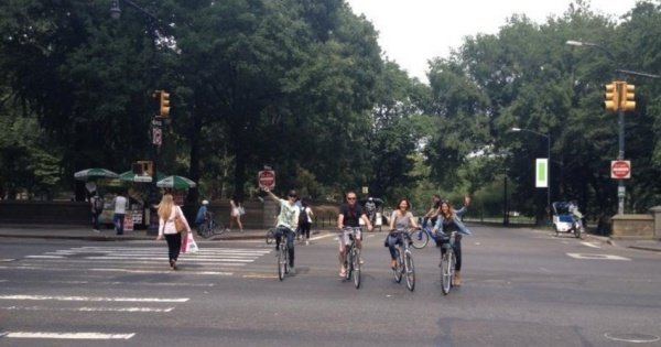 Explore Central Park on an enjoyable 2 Hour Bike Tour with Photographer