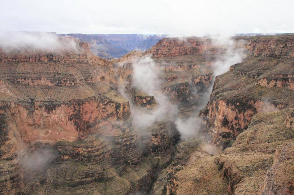 Grand Canyon West Rim by Luxury Limo Van  With Helicopter, Pontoon, and Skywalk Tickets
