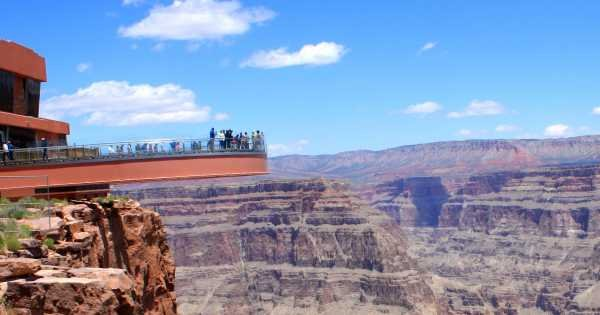 Grand Canyon West Rim by Luxury Limo Van With Skywalk Tickets