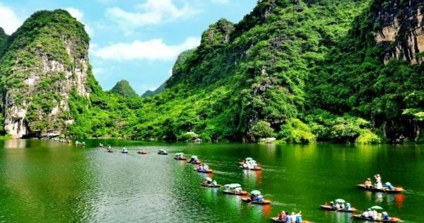 2-Day Tour Ninh Binh & Cuc Phuong National Park