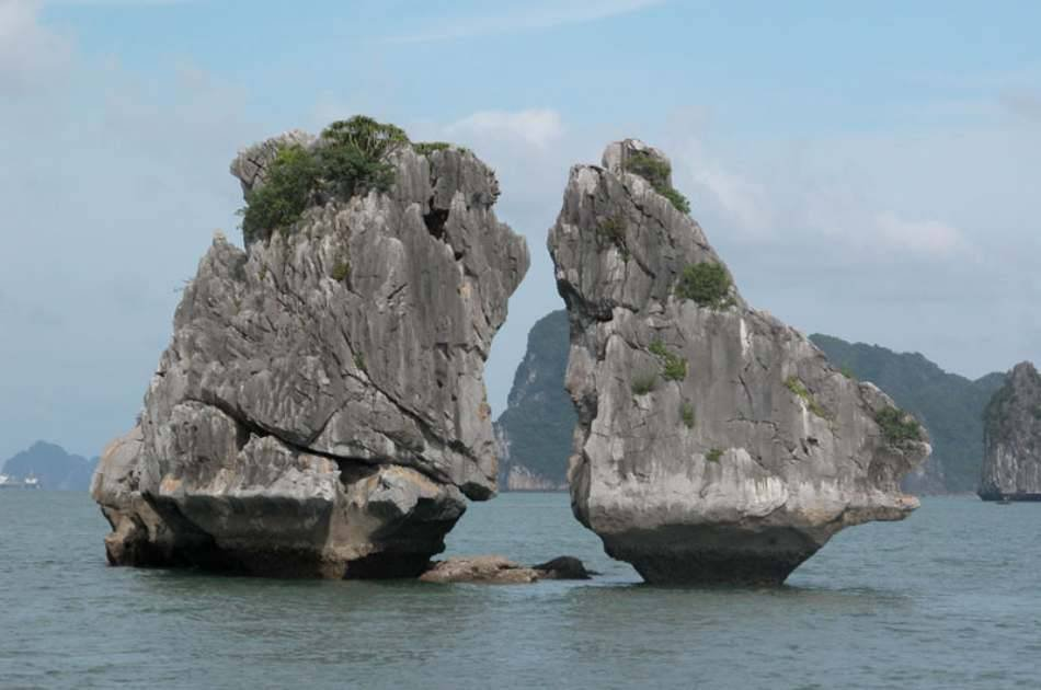 2D1N on Halong Bay Junk Boat