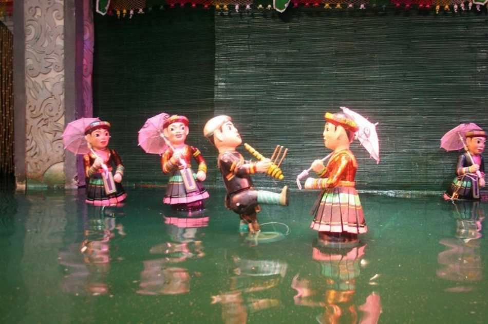 Amazing Hanoi City and Water Puppet Show Private Tour