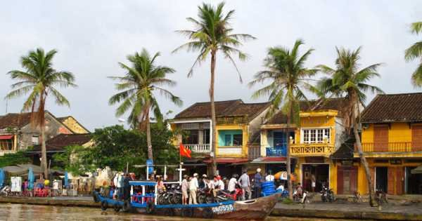 Boat Trip on Thu Bon River to Handicraft Village
