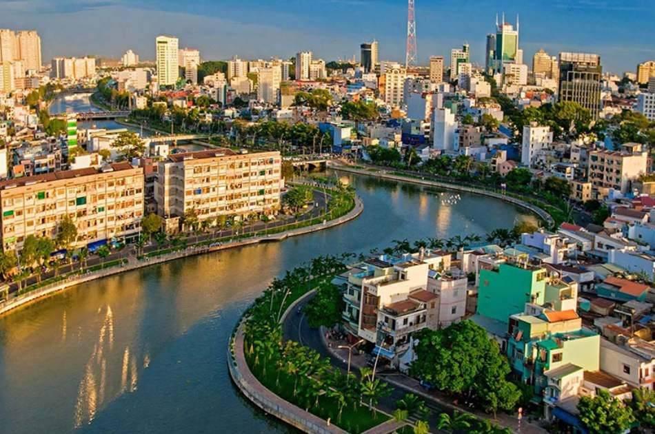 Cruise Dinner on Saigon