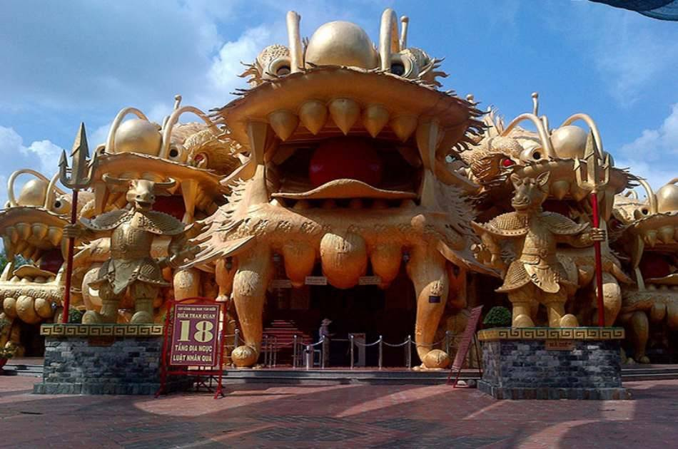 Dai Nam Theme Park Ticket With Roundtrip Transfer