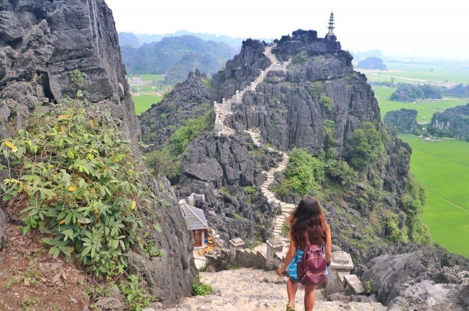Full-day Ninh Binh Private Tour to Mua Cave, Tam Coc, Hoa Lu