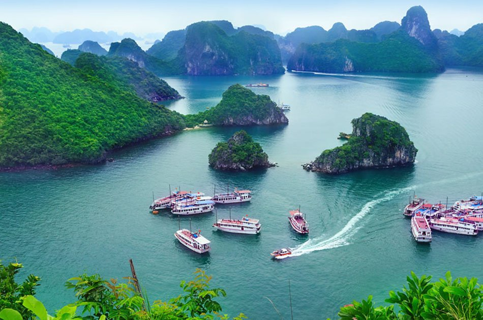Halong Bay Honeymoon Package Includes Luxury Seaplane Tour