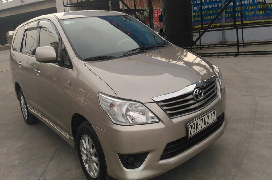 Hanoi airport Departure Transfer by 7 Seats Car