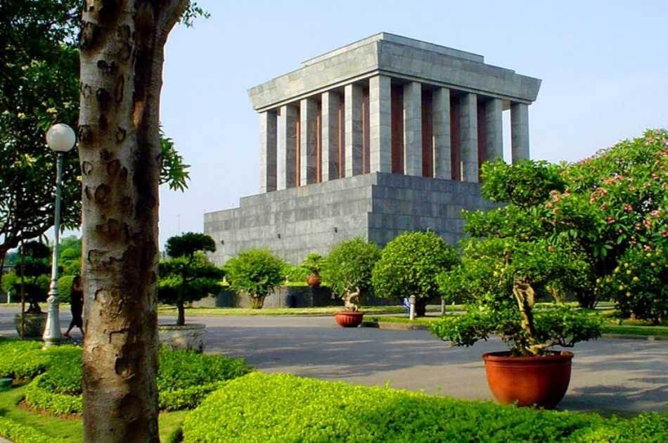 Hanoi Half Day Private City Tour Including Green Car