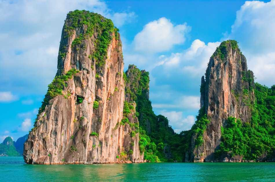 Luxury Seaplane & Day Cruise in Halong Bay