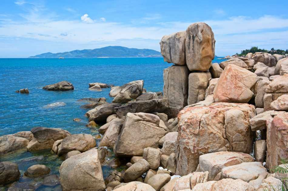 Nha Trang 4 Island Day Tour With Wooden Boat