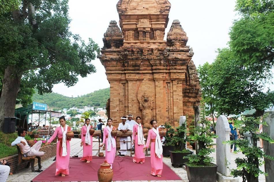 Nha Trang Full Day Highlight City Tour