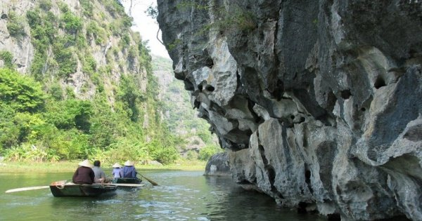One Day Private Tour to Hoa Lu & Tam Coc from Hanoi