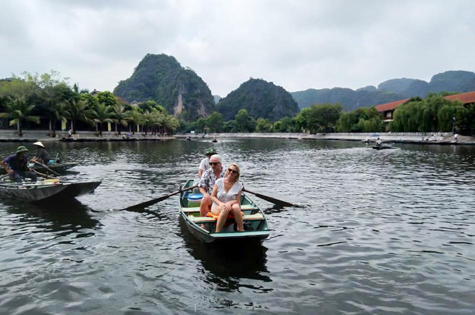Private Full Day Mua Cave Hoa Lu Tam Coc Tour