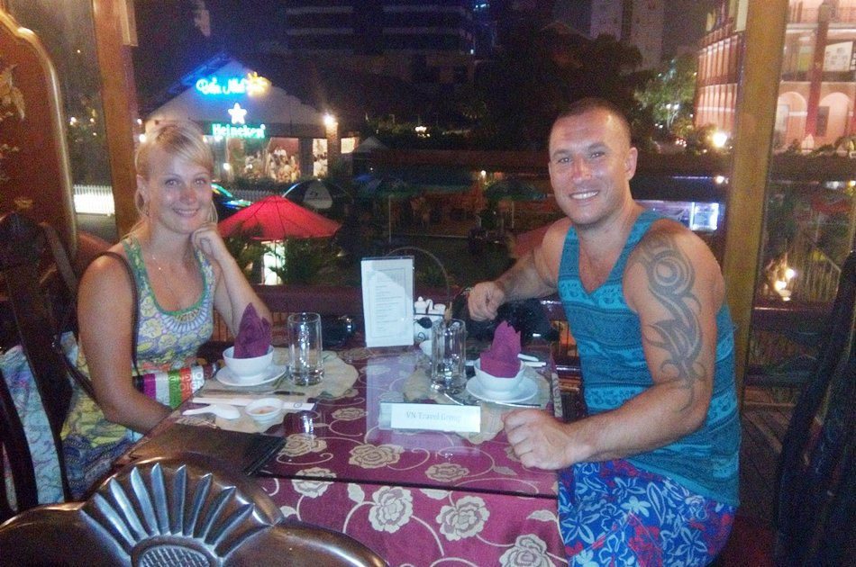 Private Ho Chi Minh City By Night & Traditional Dinner Cruise Tour