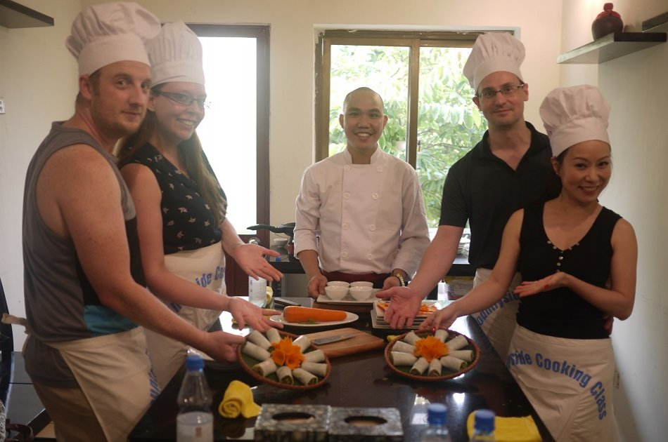 Private Tour Hanoi City Tour and Cooking Class