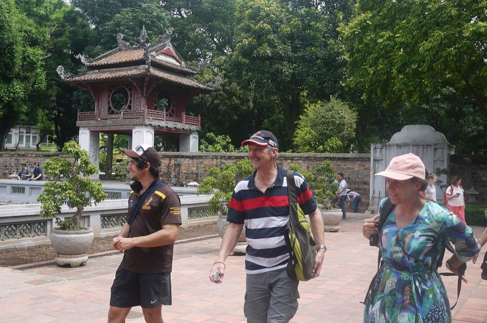 Private Tour of Hanoi City and Water Puppet Show