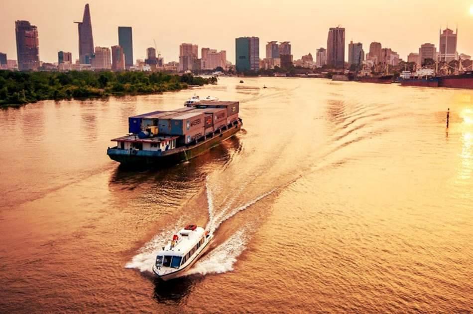 Saigon Sunset Cruise and Foody Tour