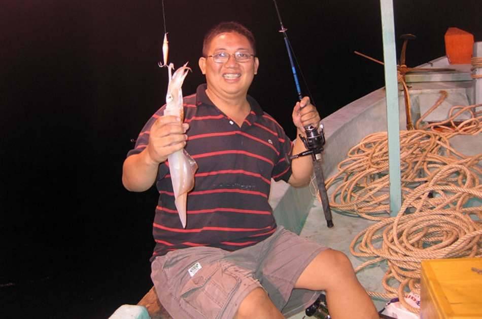Sunset BBQ and Night Squid Fishing