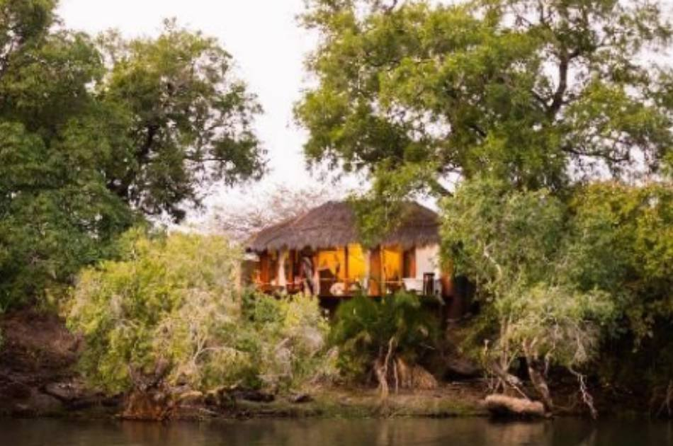 6 Days Kafue and Victoria Falls Luxury Safari