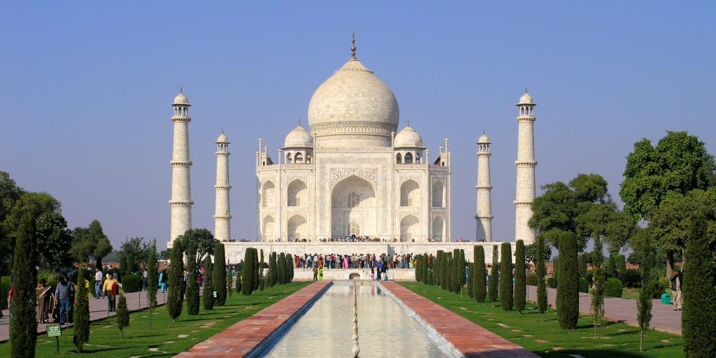 Love Taj Mahal