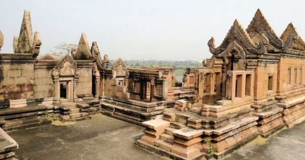 Explore the Magical, Charming Angkor Wat