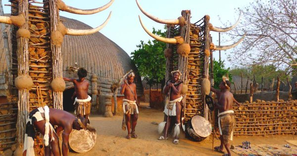 See Zulu Worriors & the Big Five on KwaZulu-Natal Private Guided Tours