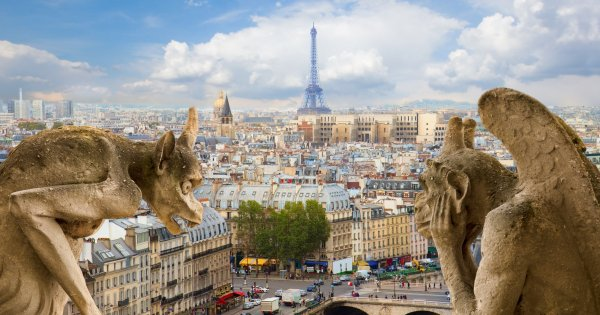 Captivating, Romantic, Sightseeing and Guided Private Tour of Paris