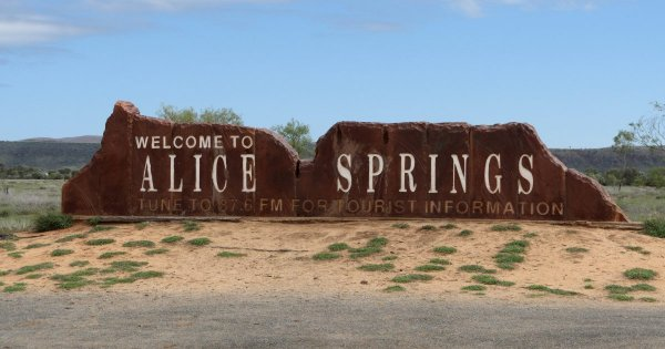 See Australia's Beating Heart Alice Springs on Private Tour