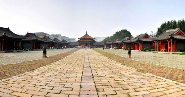 See an Ancient and Modern China in Shenyang With a Private Guided Tour