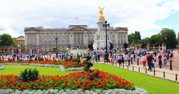Buckingham Palace Private Tours for Perfect Royal Pomp and Ceremony