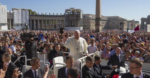 Skip the Line With Private Vatican Tours of the Sovereign State