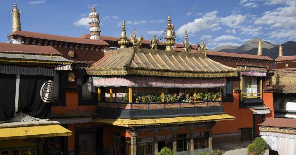 On a Private Sightseeing, Lhasa Tour Let Your Spirit Be Your Guide