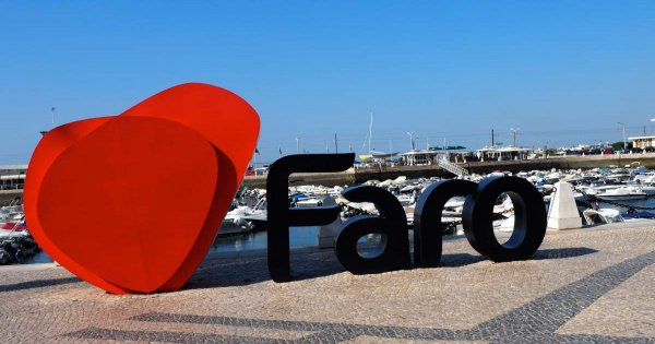 Combination of History and Charm on Fascinating Faro Sightseeing Tours